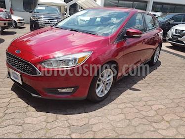 Foto venta Auto usado Ford Focus Hatchback SE (2015) color Rojo Rubi precio $188,000