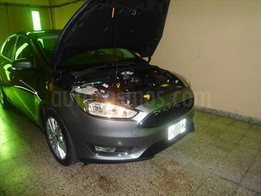 foto Ford Focus Sedan 2.0L SE Plus