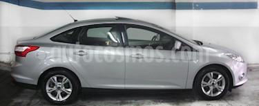 Foto venta Auto Usado Ford Focus Sedan 2.0L SE Plus (2013) color Plata Metalizado precio $335.000