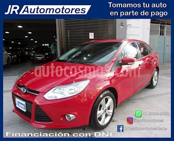 Foto venta Auto Usado Ford Focus Sedan 2.0L SE Plus (2013) color Rojo Bari