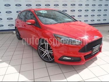 Foto venta Auto Seminuevo Ford Focus ST 2.0L (2016) color Rojo Racing precio $355,000