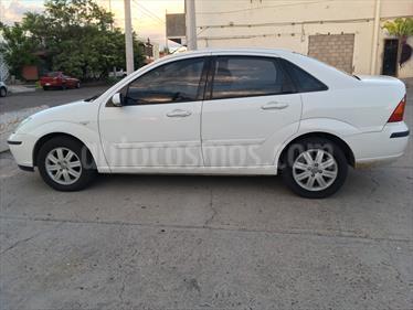 Foto venta Auto Seminuevo Ford Focus ST 2.5L (2005) color Blanco precio $60,000