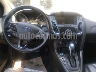 Foto venta Auto Seminuevo Ford Focus 5 PTS. HB SPORT, TA, A/AC., VE, BA, RA-16 (2016) color Gris precio $259,000