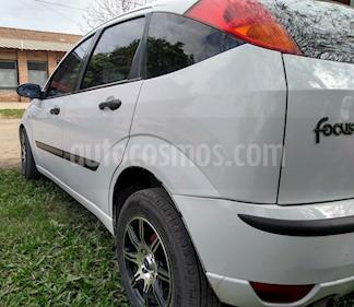 Foto venta Auto usado Ford Focus 5P 1.6L Ambiente  (2007) color Blanco precio $140.000