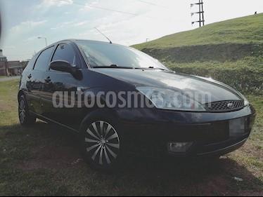 Foto venta Auto Usado Ford Focus 5P 1.6L Ambiente  (2005) color Negro precio $155.000