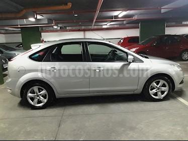 Foto venta Auto Usado Ford Focus 5P 1.6L Trend (2011) color Plata Metalizado precio $249.900
