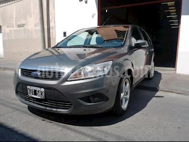 Foto venta Auto Usado Ford Focus 5P 1.6L Trend (2011) color Plata precio $250.000