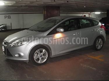 Foto venta Auto usado Ford Focus 5P 2.0L SE Plus (2014) color Plata Metalizado precio $350.000