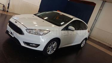 Foto venta Auto usado Ford Focus 5P 2.0L SE (2015) color Blanco precio $470.000