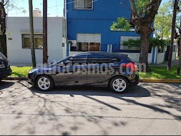 Foto venta Auto Usado Ford Focus 5P 2.0L SE (2015) color Negro precio $415.000