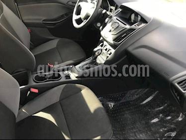 Foto venta Auto Seminuevo Ford Focus AMBIENTE 4-ptas AT (2014) color Plata precio $150,000