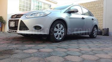 Foto venta Auto Seminuevo Ford Focus Ambiente (2014) color Plata Estelar precio $149,000