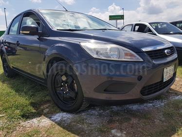 Foto venta Auto usado Ford Focus Ambiente (2011) color Gris Militar precio $90,000