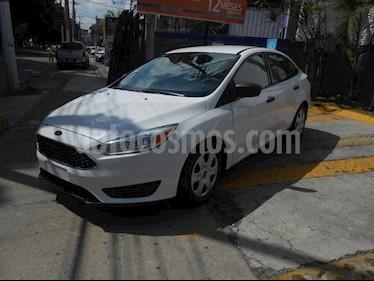Foto venta Auto Seminuevo Ford Focus S 4-ptas (2015) color Blanco precio $175,000