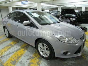 Foto venta Auto Usado Ford Focus SE 4-ptas AT (2014) color Gris Espejo precio $175,000