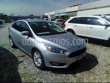 Foto venta Auto Seminuevo Ford Focus SE 4-ptas AT (2016) color Plata Estelar precio $200,000