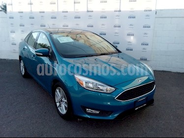 foto Ford Focus SE 4-ptas MT