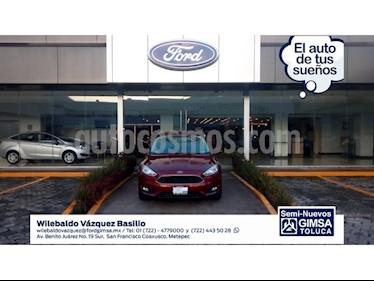Foto venta Auto Seminuevo Ford Focus SE 4-ptas MT (2017) color Rojo precio $278,000