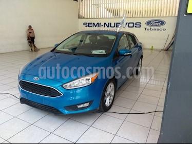 Foto venta Auto Seminuevo Ford Focus SE 4-ptas (2016) color Azul Brillante precio $245,000
