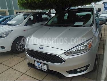 Foto venta Auto Seminuevo Ford Focus SE 5-ptas AT (2016) color Plata precio $239,000