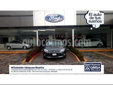 Foto venta Auto Seminuevo Ford Focus SE 5-ptas (2013) color Gris precio $135,000