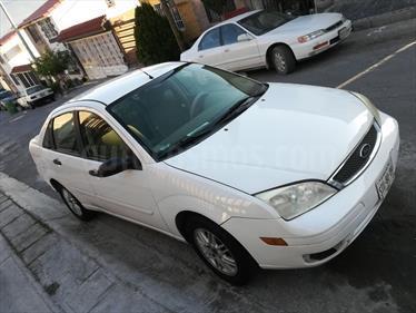 Foto venta Auto usado Ford Focus SE Aut (2007) color Blanco Glaciar precio $55,000
