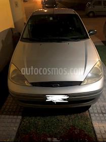 Foto venta Auto Seminuevo Ford Focus SE Aut (2002) color Plata precio $45,000