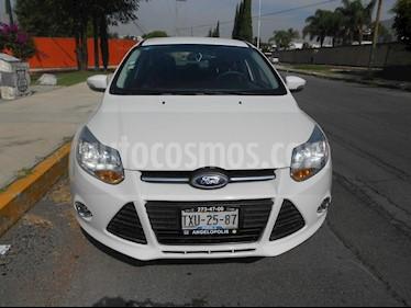 Foto venta Auto Seminuevo Ford Focus SE Aut (2013) color Blanco precio $165,000