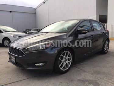 Foto venta Auto Seminuevo Ford Focus SE LUXURY -  5 pts AT (2016) color Gris precio $238,000