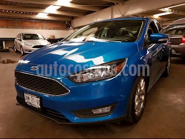 Foto venta Auto Usado Ford Focus SE Luxury Aut (2016) color Azul Electrico precio $259,000