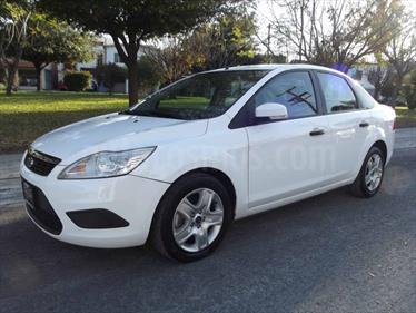 Foto venta carro usado Ford Focus SE (2007) color Blanco precio u$s18.000.000