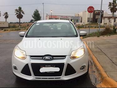 Foto venta Auto Seminuevo Ford Focus SE (2013) color Blanco precio $132,000