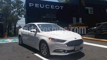Foto venta Auto Usado Ford Fusion SE Hibrido (2017) color Blanco precio $379,900