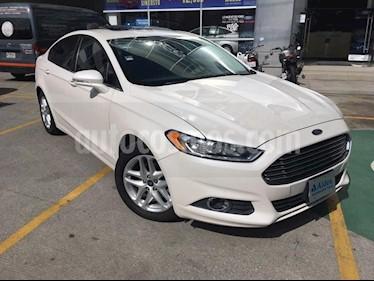 Foto venta Auto Seminuevo Ford Fusion Sedan SE I4 (2015) color Blanco Platinado precio $228,000