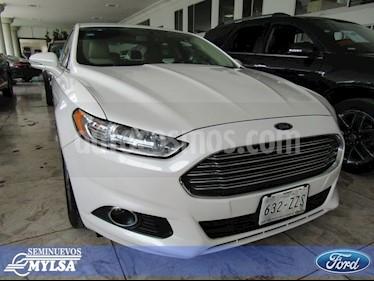 Foto venta Auto Seminuevo Ford Fusion Sedan SE LUX (2015) color Blanco precio $305,000