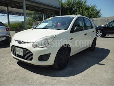 Foto venta Auto Usado Ford Ikon 5 PTS. HB FIRST BASICO, TM5 (2013) color Blanco precio $90,000