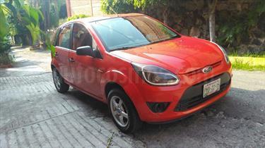 Foto venta Auto Seminuevo Ford Ikon Ambiente Ac (2012) color Rojo Mexicano precio $74,500