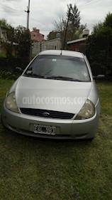 Foto venta Auto Usado Ford Ka 1.6L Base (2002) color Gris Plata  precio $97.000
