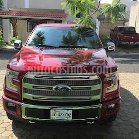 Foto venta Auto usado Ford Lobo Platinum 4x4 Cabina Doble (2015) color Rojo Rubi precio $595,000