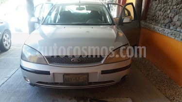 Foto venta Auto usado Ford Mondeo 2.5 Ghia V6 (2003) color Plata precio $39,000