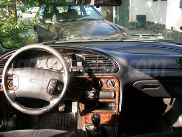 foto Ford Mondeo Ghia 2.0