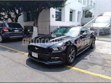 Foto venta Auto Seminuevo Ford Mustang 2 PTS. V6, TM5 O TA (2016) color Negro precio $379,900