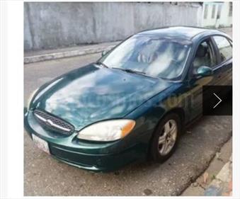 Foto venta carro usado Ford Taurus Lx V6,3.0i,24v A 2 1 (2000) color Verde Brillante precio u$s1.700
