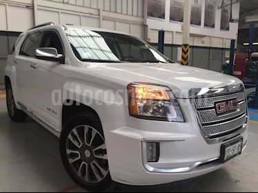 Foto venta Auto Seminuevo GMC Sierra Denali (2017) color Blanco precio $450,000