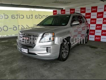 Foto venta Auto Seminuevo GMC Sierra Denali (2016) color Plata precio $380,000