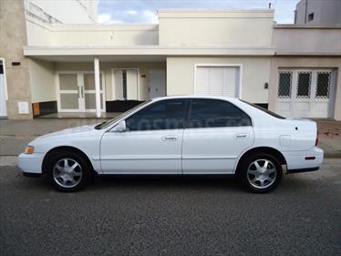 foto Honda Accord 2.2 EX Aut