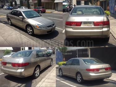 Foto venta Auto usado Honda Accord EX 2.4L (2005) color Dorado precio $75,000