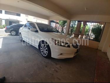 Foto venta Auto Seminuevo Honda Accord EX-L 3.5L V6 (2011) color Blanco precio $170,000