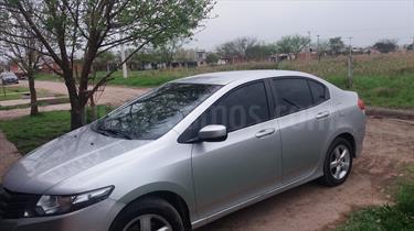 Foto venta Auto Usado Honda City LX (2011) color Gris Plata  precio $185.000