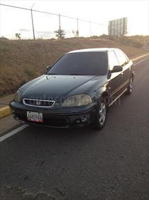 Foto venta carro usado Honda Civic Ex-Si (5mt) L4,1.6i,16v S 1 1 (1998) color Plata precio u$s1.700